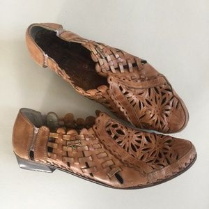 Pikolinos 38 Brown Leather Huaraches Sandals